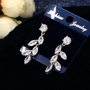 Jewelry - bridal earring